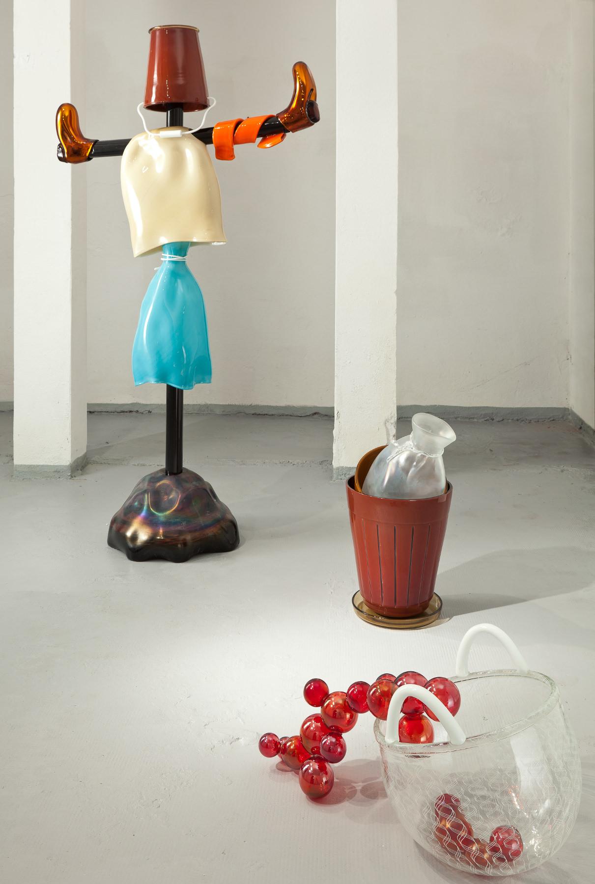 Kiki van Eijk's Allotment Harvest Red Fruit Bucket, Scarecrow, Sowing Time-Pots