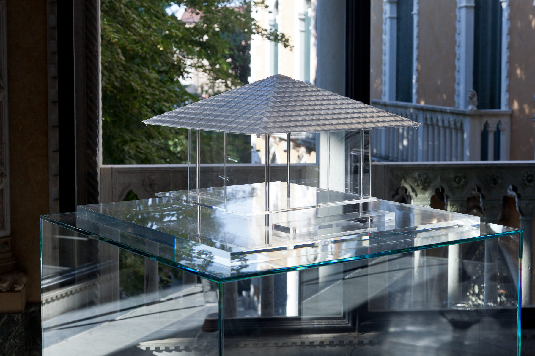 Tokujin Yoshioka's The Glass Tea House