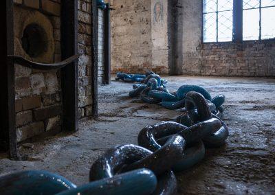 Edgardo Osorio's /Not All Chains Deter/ at Fondazione Berengo Art Space